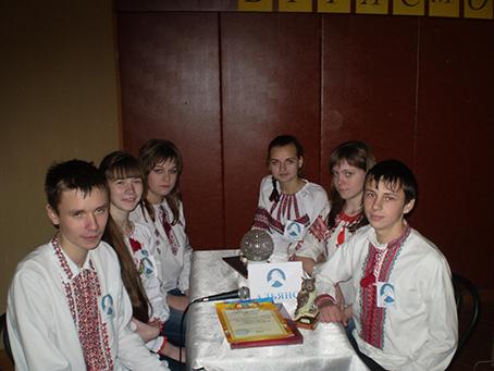 Команда Альянс група 12 - II мiсце майстер Присяжна О.Є.