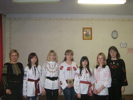 Група 13 з класним керiвником Костiв З.I.